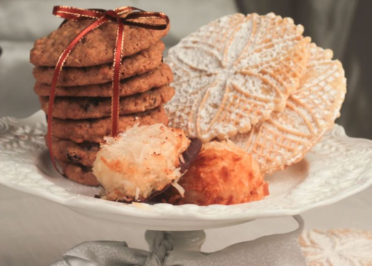 #GlutenFree Holiday Cookie Swap! So many recipes inside with Gluten Free & More Magazine!
