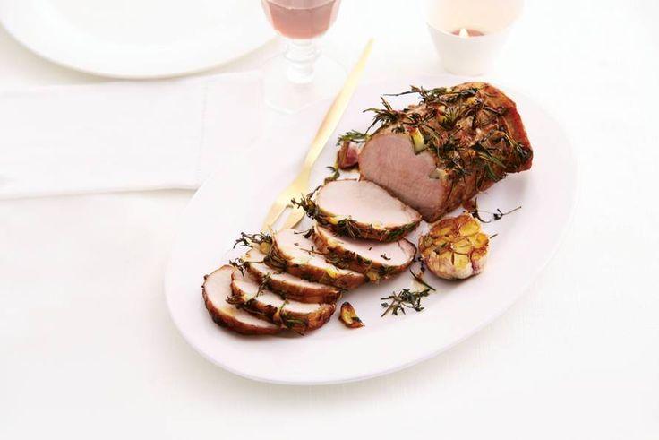 Vul je keuken met de geur van rozemarijn en tijm - Recept - Rollade met kruiden & knoflook - Allerhande