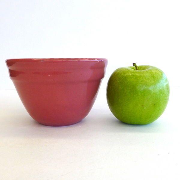 SMALL Fowler Ware Mixing Bowl, Plum, Australian Pottery, 7.5cm tall x 11.7cm