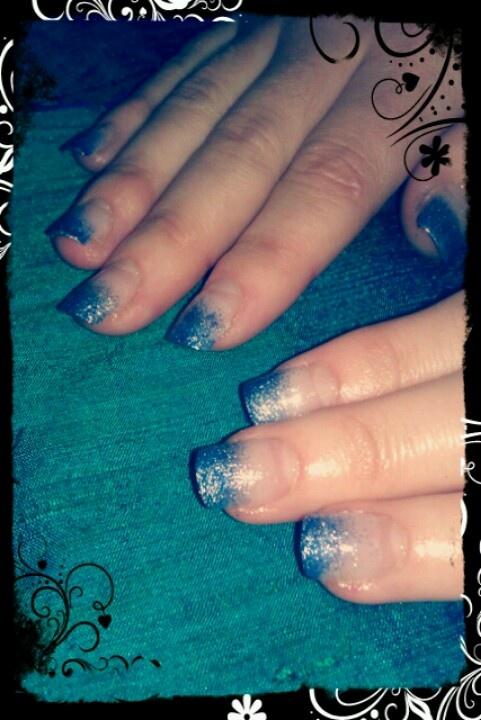 Gradient nails.