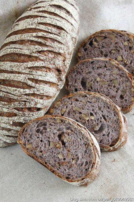 pain aux noix / nut bread