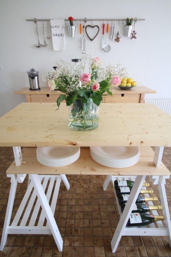 Unusual island kitchen with a spacious table of FINVARD More info: http://en.ikea-club.org/peredelki-ikea/alternativnaya-ostrovnaya-kuxnya.html