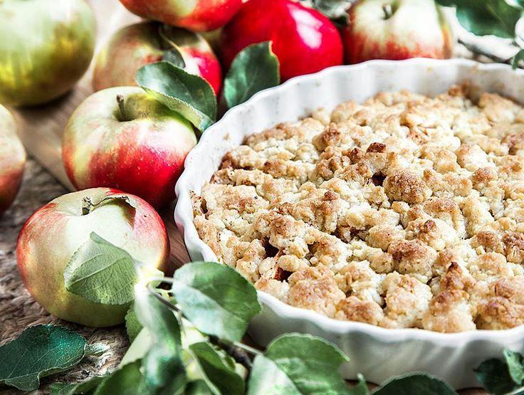 Smulpaj med äpple smakar underbart gott med höstens härliga äppelskörd, servera gärna med en klick vaniljglass. Här hittar du ett mumsigt recept!