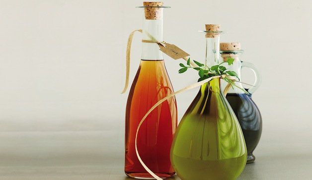 How To Make Your Own Flavored Oils And Vinegars