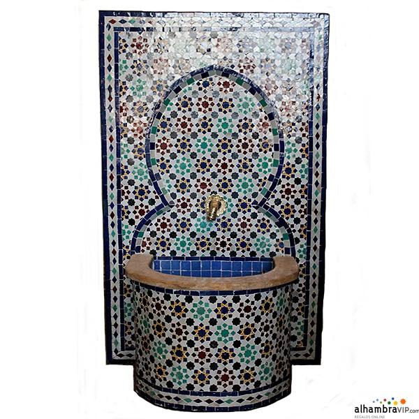 Fuente de agua mosaico