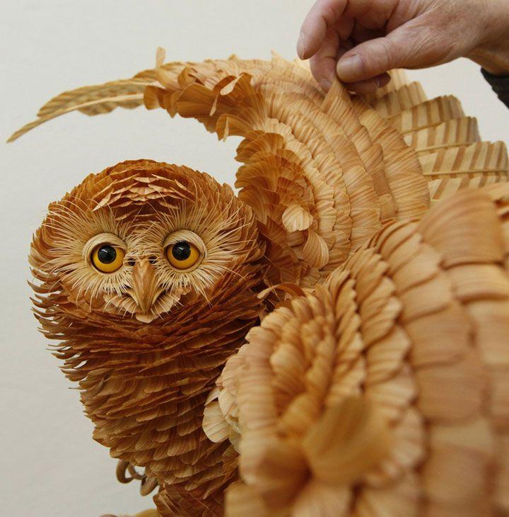 Un talentueux sculpteur transforme le bois en animaux plus vrais que nature Daily Geek Show