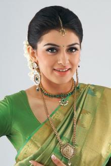 Actress « Hansika motwani « Half saree « South Indian Cinema Gallery