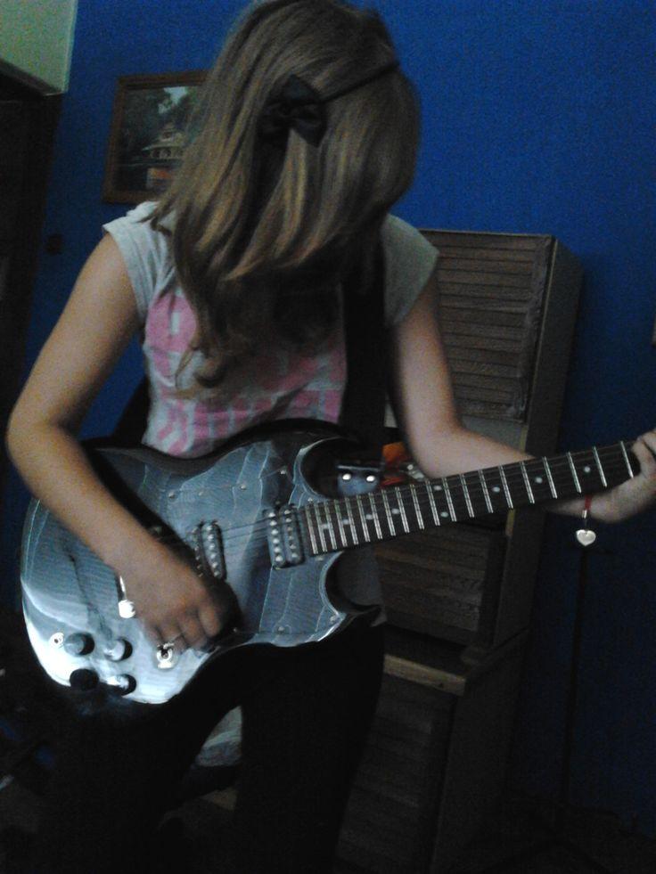 GiGa <--- My guitar