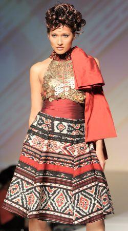 tenun by indonesian designers