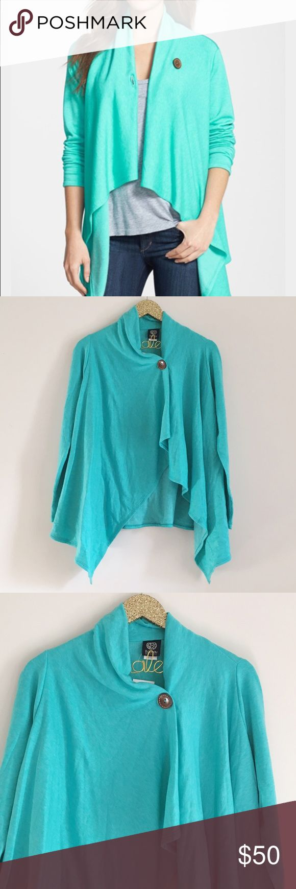 Bobeau One-Button Turquoise Cardigan NWT. Bobeau one-Button turquoise Cardigan. So soft & comfy! Fleece inside. Brown Button detail. Size S. No modeling/trades. bobeau Sweaters Cardigans