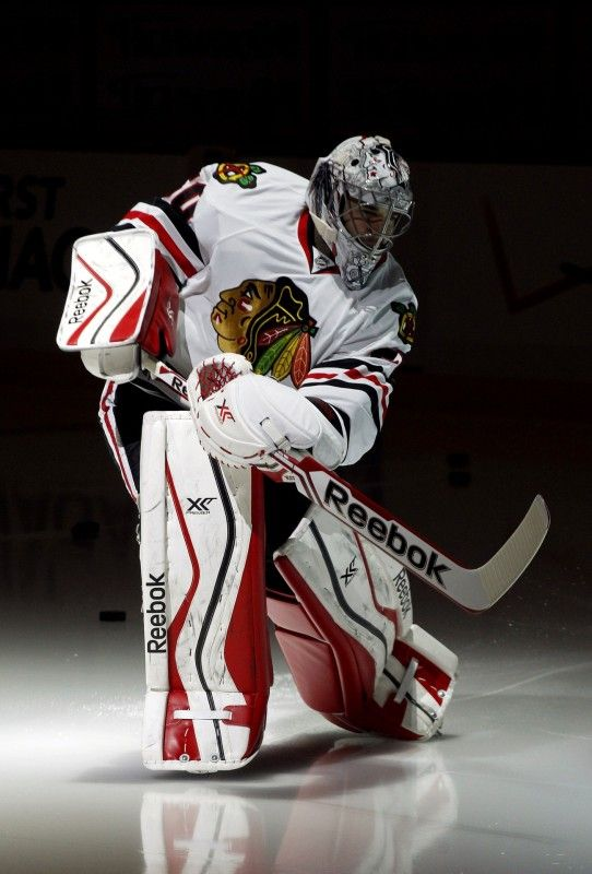 Corey Crawford's Great Houdini Routine - http://thehockeywriters.com/corey-crawfords-great-houdini-routine/