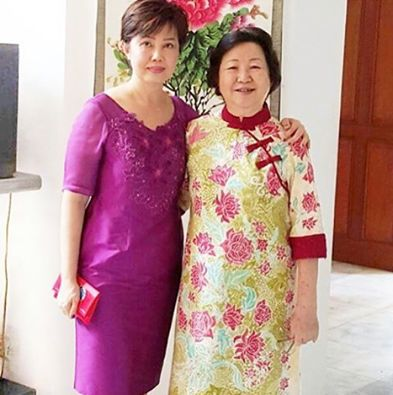 Mrs. June (left) celebrated CNY 2016 in Namayinda. ‪#‎youxnamayinda‬ ‪#‎cny2016‬