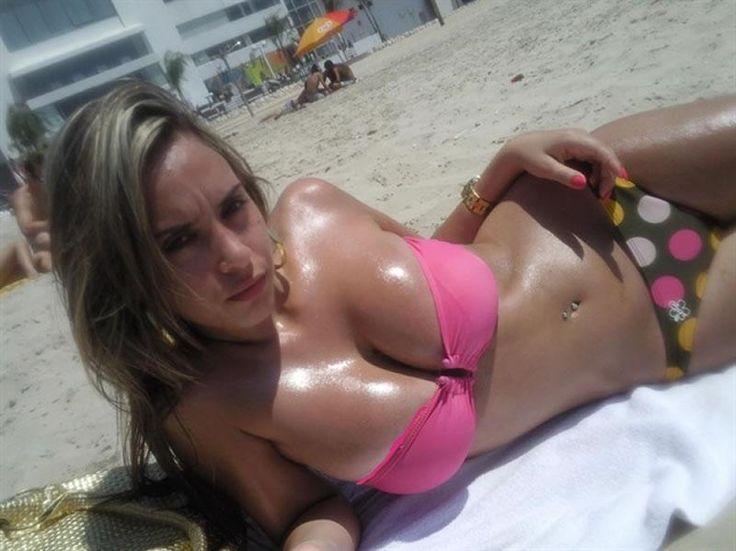 Photos of sexy mature nude women having sex