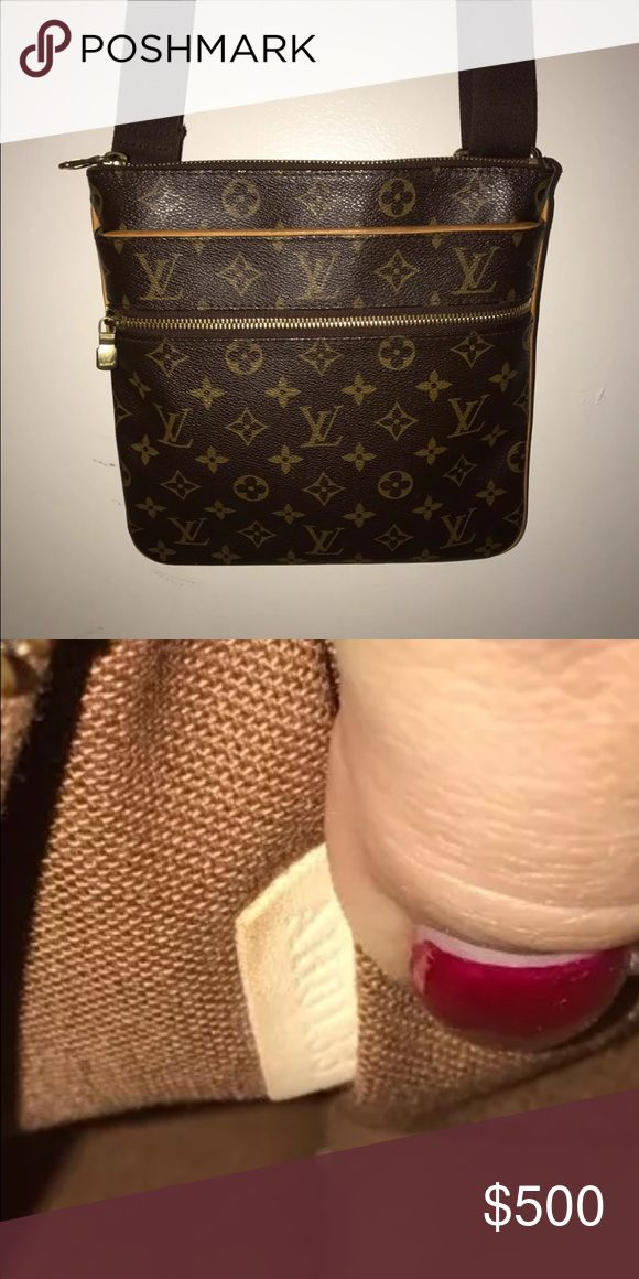 Louis vuitton  Extra pictures LOUIS VUITTON PRE OWN %100 AUTHENTIC SEE PICTURES CODE AH0133 I LOST THE RECEIPT BUT I PURCHASE THIS PURSE AT SOUTH COST PLAZA COSTA MESA CALIFORNIA IF YOUR INTERESTED I CAN GO TO THE STORE AND ASK FOR THE RECEIPT MAYBE THEY HAVE A COPY Bags