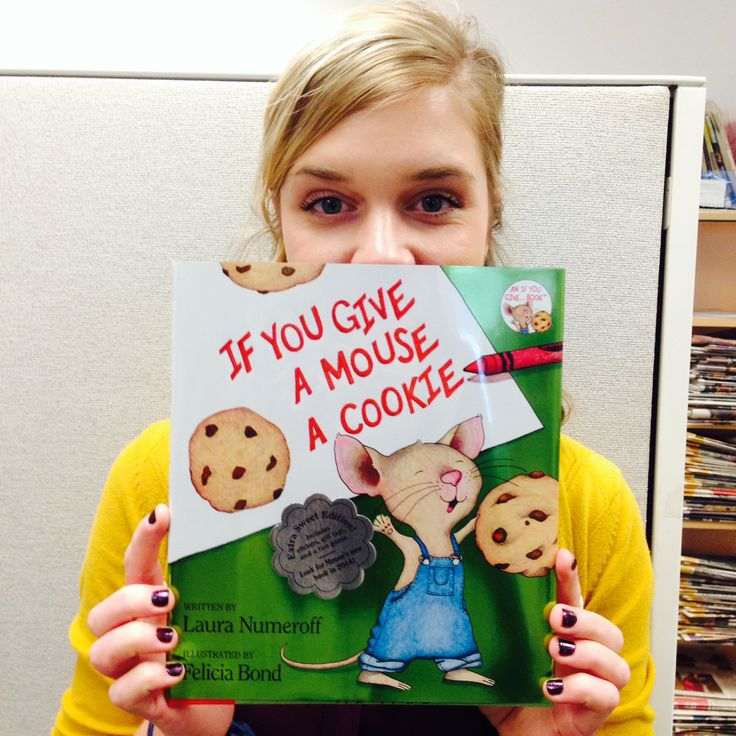 """Susannah is thankful for the classic """"If You Give a Mouse a Cookie"""" by Laura Numeroff because it reminds her of reading with her Mom... and also, she loves cookies. #ThankYouKidsLit"""