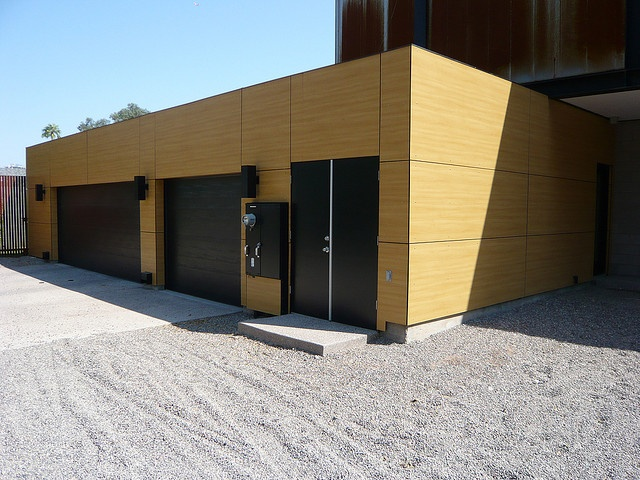 private residence with trespa meteon facade by. Black Bedroom Furniture Sets. Home Design Ideas
