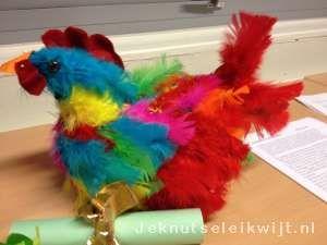 Sinterklaas surprise Kip met veren
