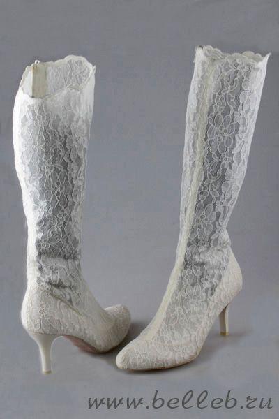 высокие кружевные свадебные сапоги молочного цвета №17