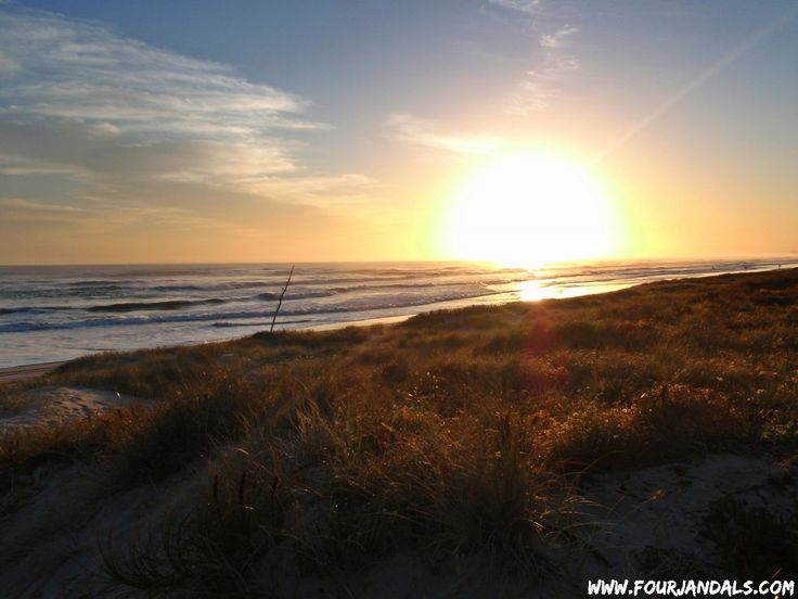 Mount Maunganui Surf and Sunset - perfect New Zealand holiday spot!