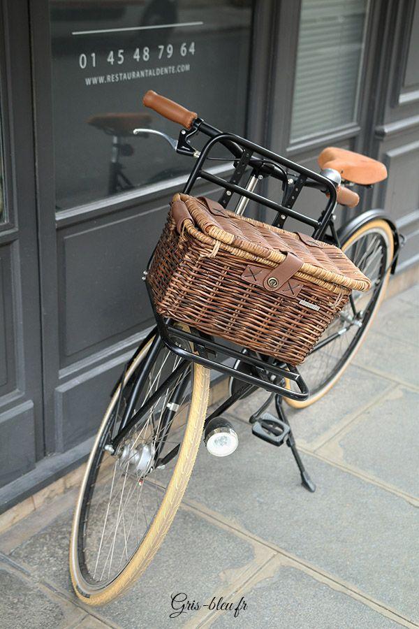 17 meilleures images propos de a bicyclette sur pinterest paniers de v lo tricycle et - Deco jardin velo paris ...