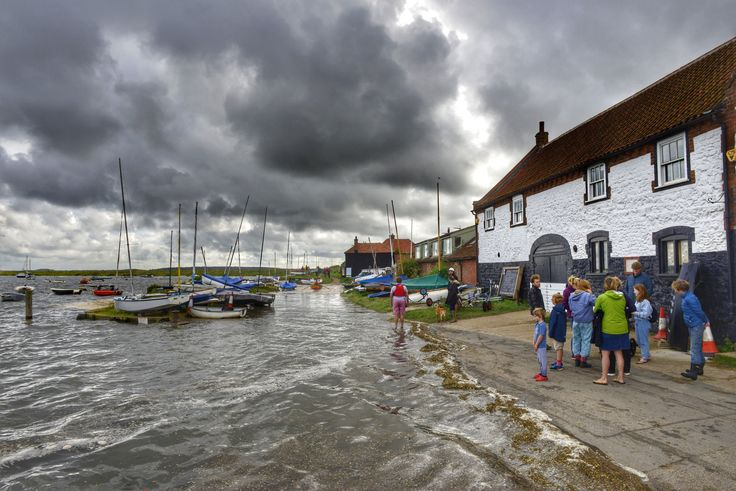 https://flic.kr/p/y5uuub | Anyone seen the road? Burnham Overy Staithe :) | An exceptionally high Spring tide coupled with a slight tidal surge due to a Northerly wind leaves the road under water at Burnham Overy Staithe in Norfolk