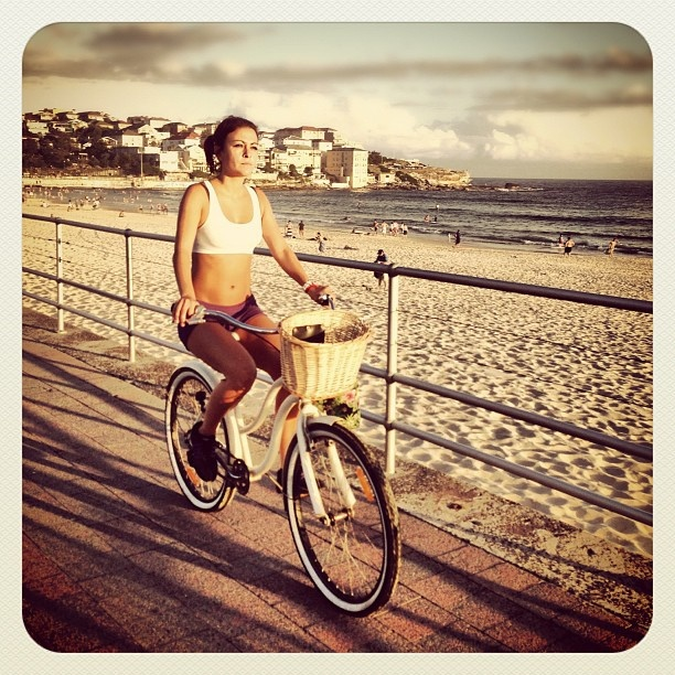 Bike & Basket Bondi #bike #atbondi #bondi #bicycle #promenade #sydney #beach #australia