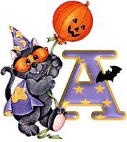 Alfabeto de gato disfrazado para Halloween.