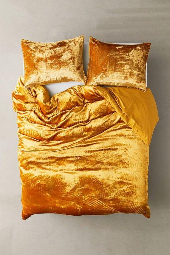 Ultra Luxe Crushed Velvet Duvet Cover Boho Bedding Uo Etsy In 2020 Velvet Duvet Velvet Comforter Velvet Bedding Sets