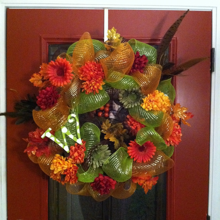 12 Easy Diy Deco Mesh Wreaths For Fall: Deco Mesh Wreath, Using Grapevine Wreath, Fall, DIY