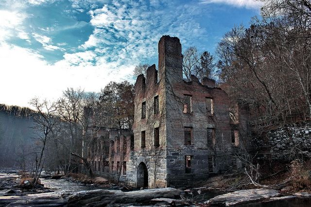Ruins of the New Manchester Manufacturing Company textile mill located in Sweetwater Creek State Park, Lithia Springs, Georgia