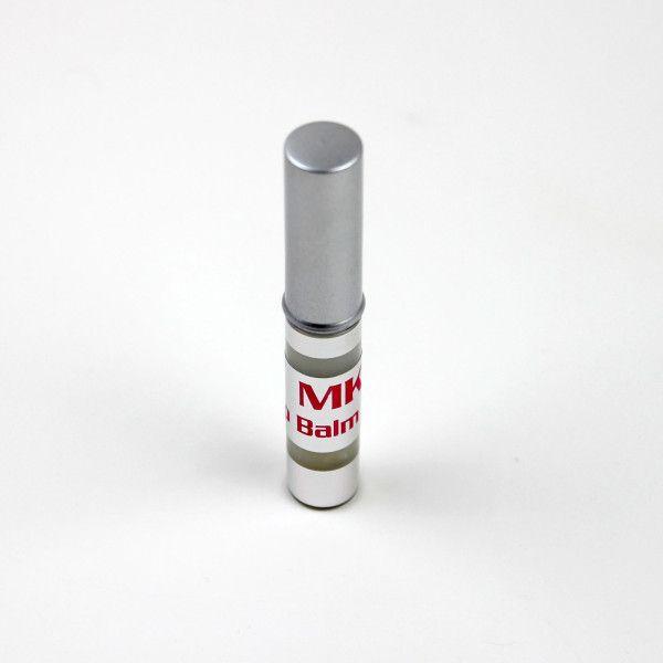 mkl-balm3Ristrutturante labbra con acido ialuronico.