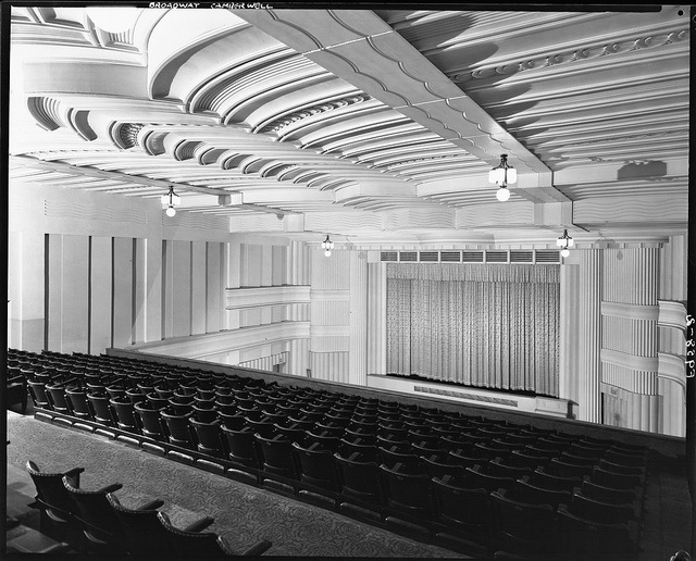 Broadway Theatre, Camberwell  Another image from the Harold Paynting collection, the Broadway Theatre used to be at 734 Burke Road, Camberwell.