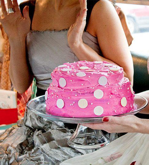 Strawberry Milk Cake: Polka Dots, Pink Cakes, Valentine'S Recipes, Cakes Recipes, Marvel Valentine'S, Valentines Recipes, Milk Cakes, Strawberries Milk, Dots Cakes