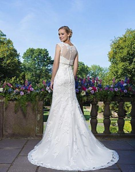 Brautkleider, Hochzeitskleid, Kleid, Hochzeit, Braut, Brautstyling, Brautschuh, Lippstadt, Bridel, Weddin, Weddingplaner, Hochzeitskleidung, Braut, Bräutigam, Brautjungfern, Brautjungfernkleider