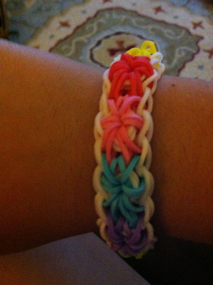 Rainbow loom starburst braclet