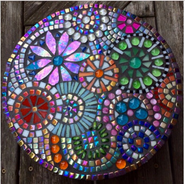 1000 images about Garden Mosaics on Pinterest Mosaics The