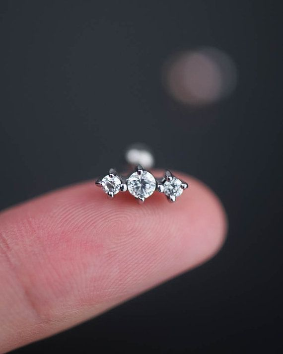 Best 25+ Tragus ideas on Pinterest | Ear peircings, Tragus ...