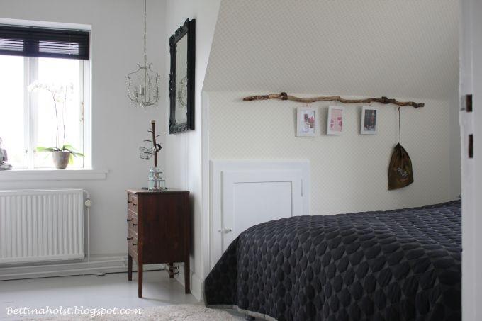 *BETTINA HOLST*: Vores soveværelse....so far altså