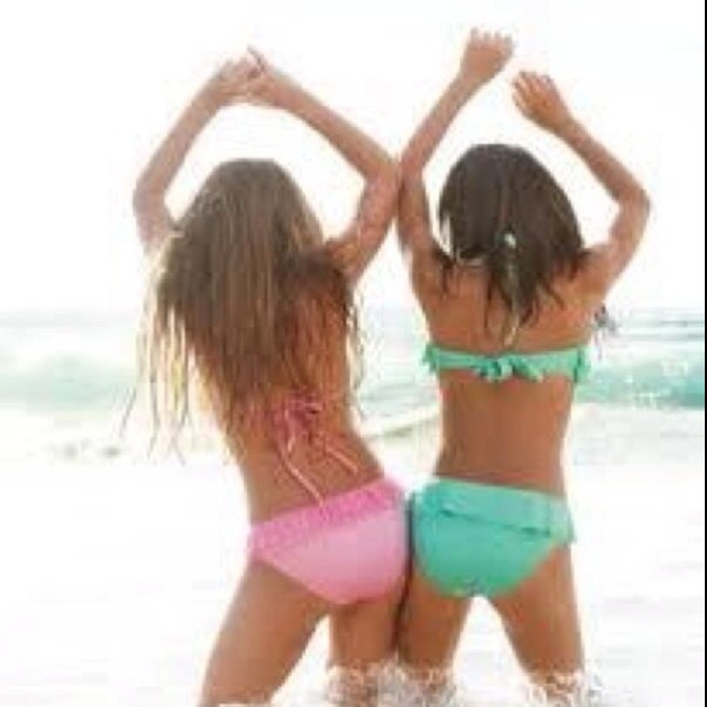 want a picture like this with my bestfriend. (: