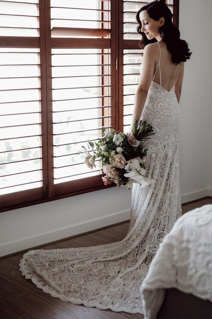 Zavana Bridal Zc 348 Used Wedding Dress Save 40 In 2021 Wedding Dresses Used Wedding Dresses White Bride