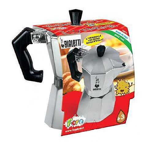 Főzz ízletes kávét, legyen még jobban felszerelt a játékkonyhád! A gyerekek ezzel az élethű játékkal játszhatják el szüleik reggeli készülődését, és tehetik még izgalmasabbá a játékot saját maguk számára. A kotyogós kávéfőző remek kiegészít ...