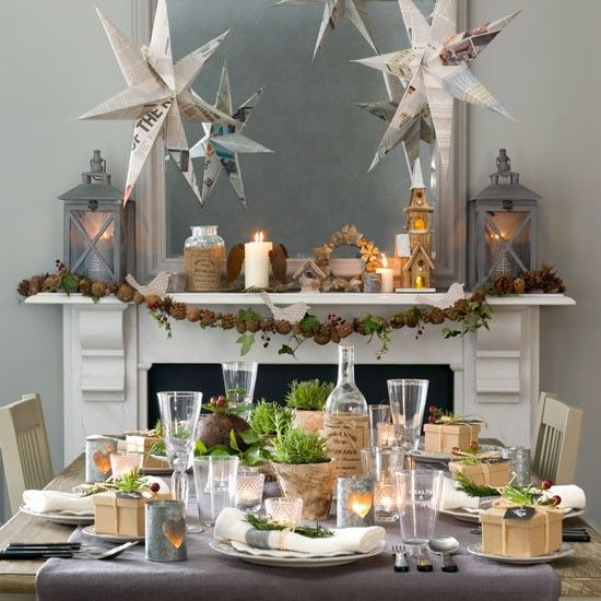 Add a rustic touch by dressing up each place setting with fir and berry napkin holders, then tie together with twine and mini brown paper packages.