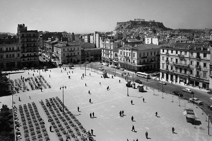 Dimitris Harissiadis, Syntagma square, Athens 1956 © Benaki Museum Photographic Archive