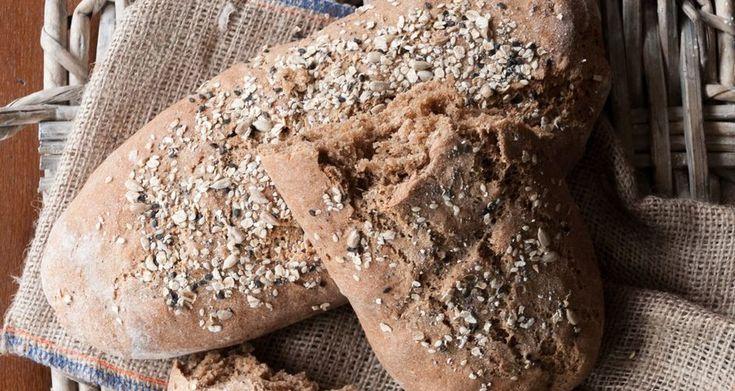 Πολύσπορο ψωμί ολικής άλεσης