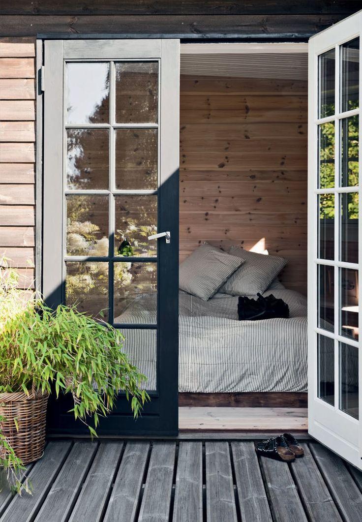 Soveværelse med udgang til terrassen