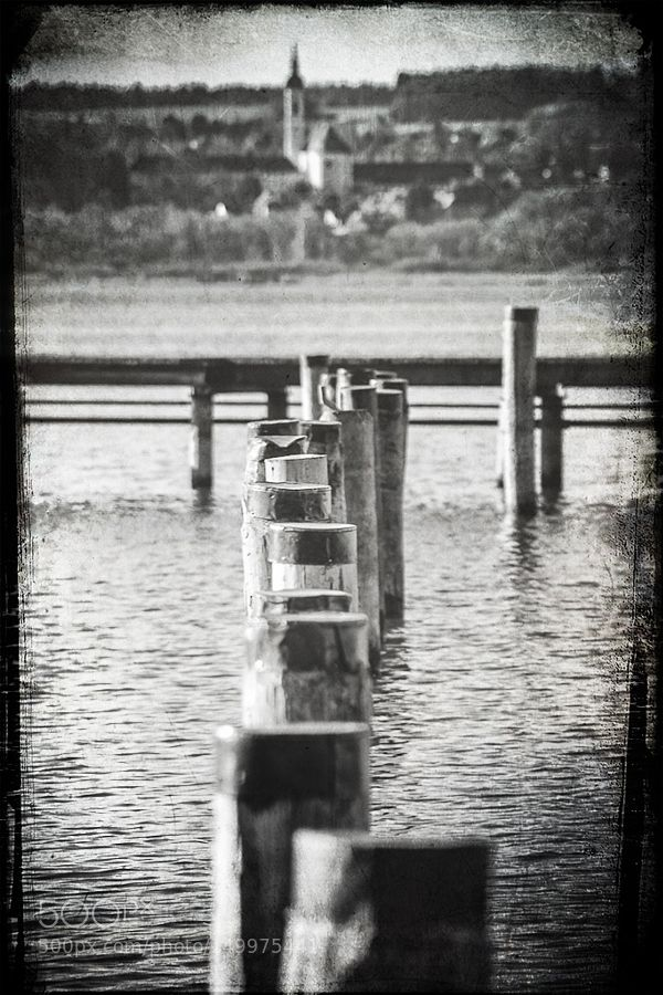 Lake Ammer by AxelHoffmann. @go4fotos
