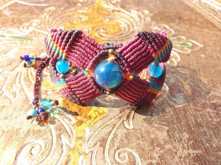 https://flic.kr/p/xNAfvc | Macramé-Cavandoli bracelet with semi-precious beads | Macramé-Cavandoli bracelet with semi-precious beads