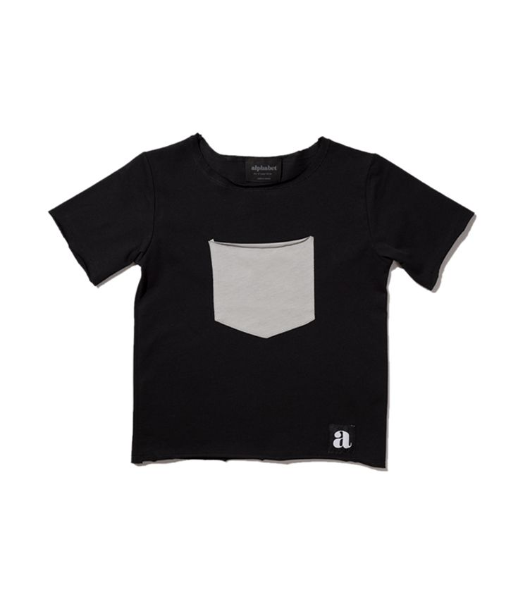 Gray pocket t-shirt