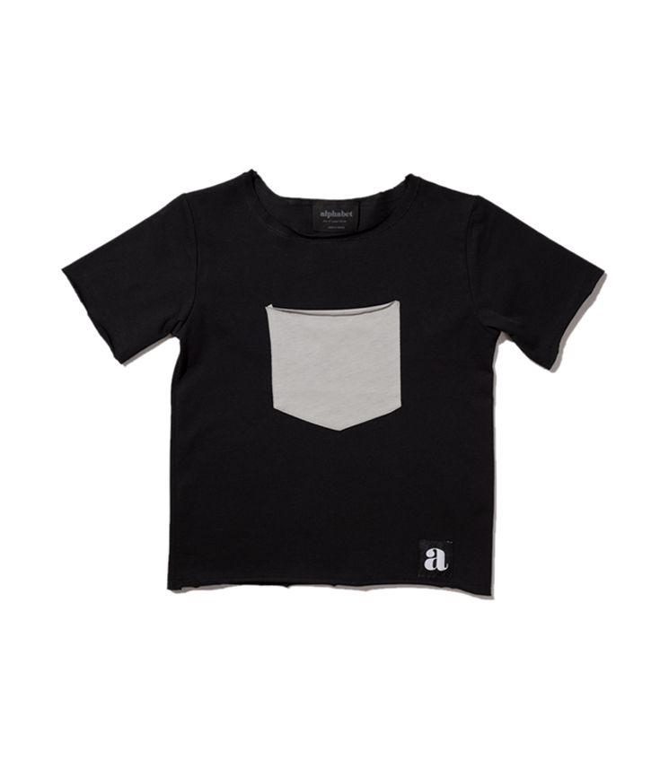Gray pocket t-shirt