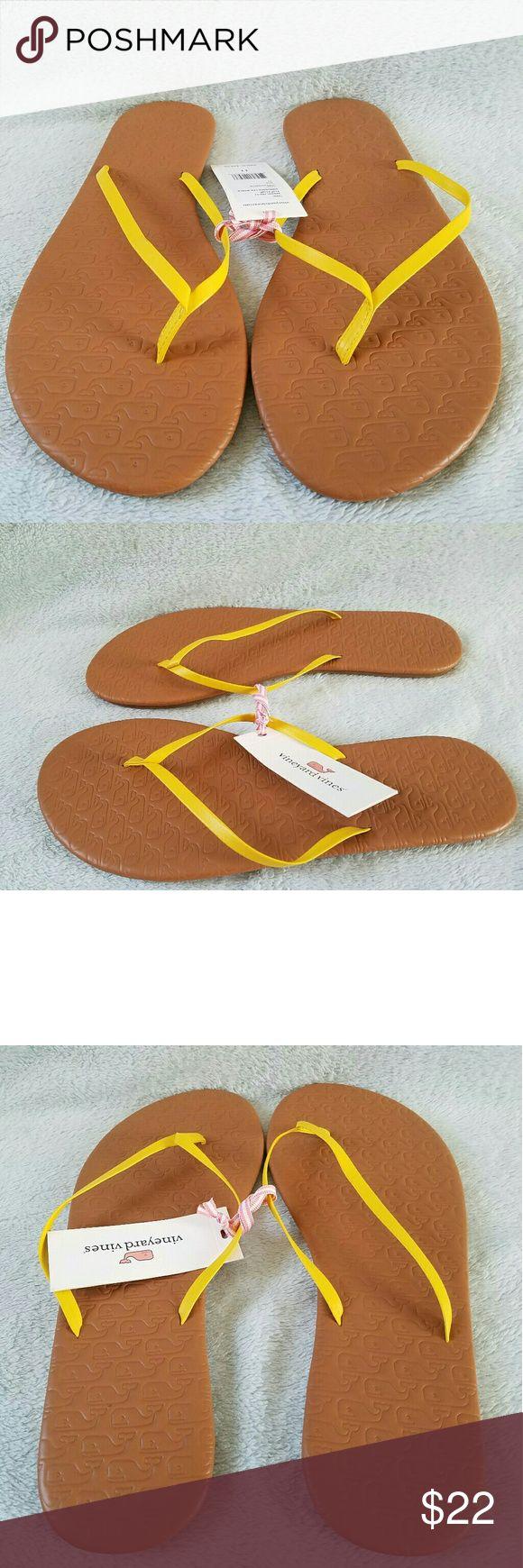 NEW Vineyard Vines women's yellow flip flops NEW Vineyard Vines women's yellow flip flops Vineyard Vines  Shoes Sandals